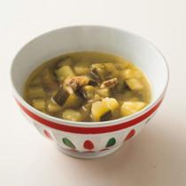 ズッキーニとアサリのスープ