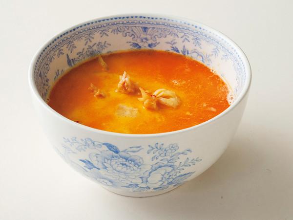 有頭エビのビスク風スープ