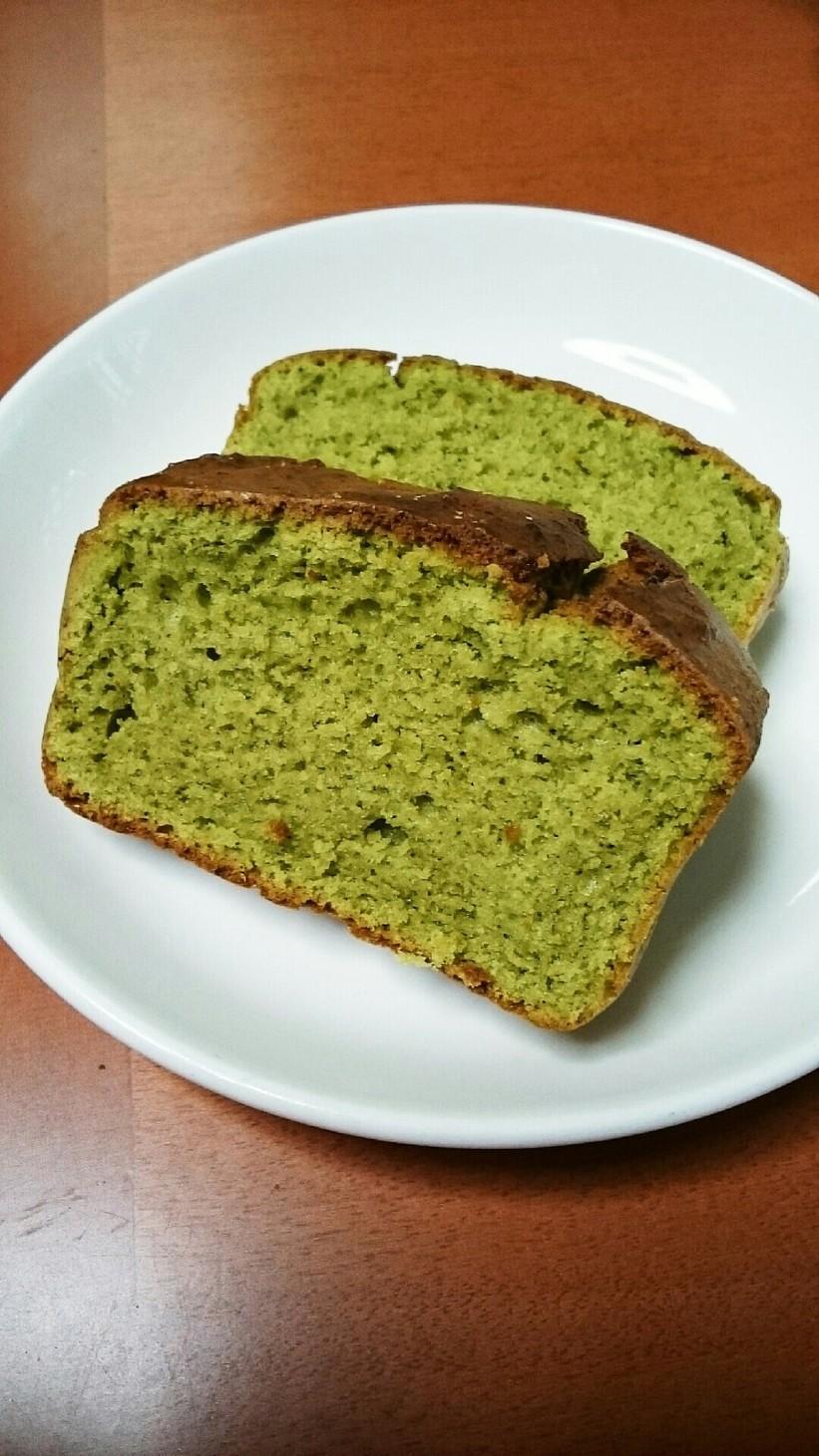 抹茶の大豆パウダーパウンドケーキ