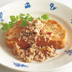 タイ風ミントミートフレンチトースト