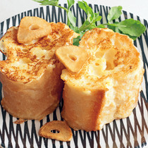 ガーリックバターフレンチトースト
