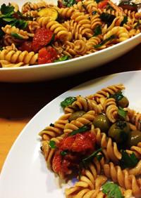 バジル香るトマトとズッキーニの冷製パスタ
