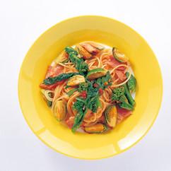 春の野菜のトマトパスタ