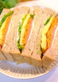 生ハム☆クリチ☆玉子焼きのサンドイッチ