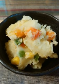 ラーメンスープの素&豆乳でポテトサラダ