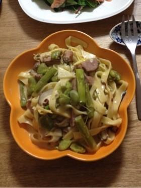 春野菜と鴨のクリームパスタ