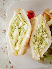 超簡単!キャベツのボリュームサンドイッチの写真