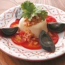 洋風ソースのピータン豆腐