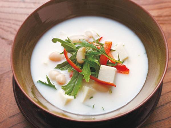 インゲン豆と豆腐のクリームスープ