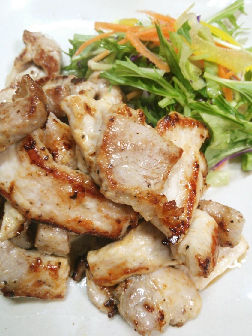簡単☆ひとくち豚ロース厚切りのマヨ焼き