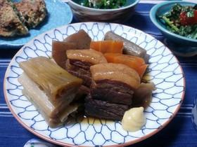 我が家の味♡̷野菜が主役の豚の角煮