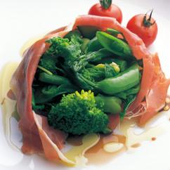 春野菜の生ハム包み