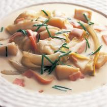チコリとほたて貝のクリーム煮