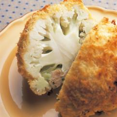 カリフラワーの鶏挽き肉詰め パン粉焼き