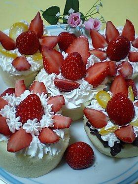 簡単に出来る苺ケーキ