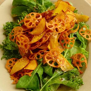 チップス野菜のサラダ