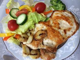 オリーブオイル漬けで簡単★鶏むね肉ソテー