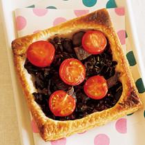 トマトとアンチョビーのパイ