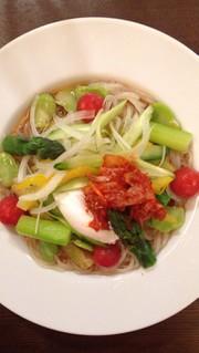 ボリュームupサラダ冷麺の写真