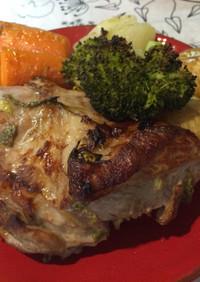 オーブンでも本格的♪豚モモ肉の香草焼き