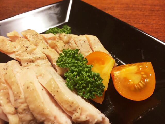 炊飯器で簡単、鶏ハム☆おもてなしにも♪