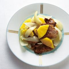 パイナップルと豚ひれ肉の酢豚風