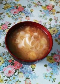 揚げ玉の味噌汁