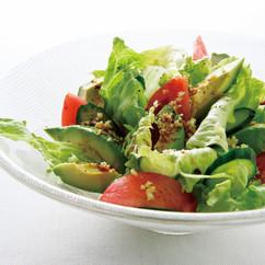 アボカドと生野菜の和風サラダ