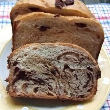 HBで☆チョコがゴロッと☆マーブル食パン