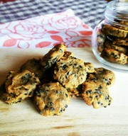 お豆腐ソフトクッキー☆黒ゴマ×きなこ味♪の写真