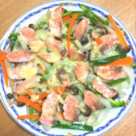 フライパンで簡単☆サーモン&炒め蒸し野菜