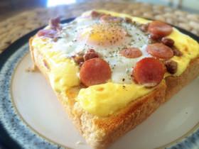 納豆卵とウインナートースト