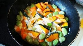 朝ごはんに!彩り野菜のミルク煮
