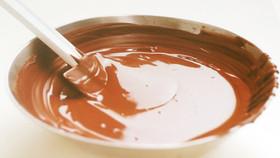 チョコレートのテンパリングの仕...