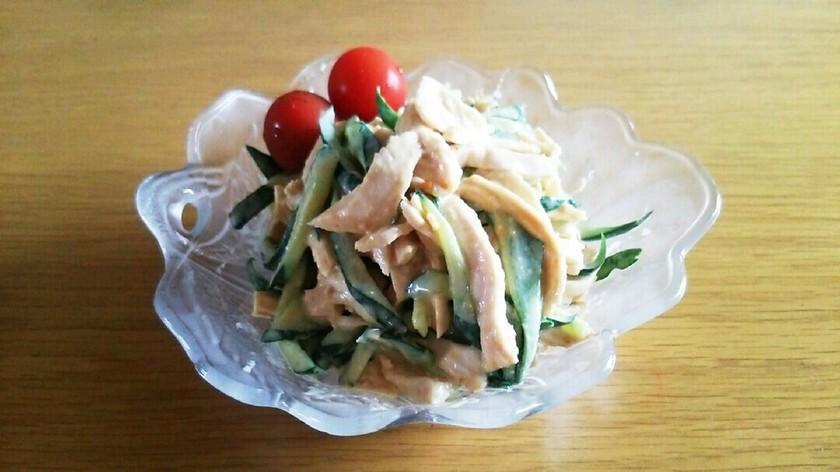 鶏むね肉と胡瓜の味噌マヨサラダ