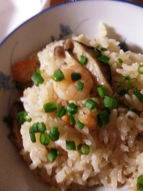 簡単☆炊飯器入れるだけ えびとたらこご飯