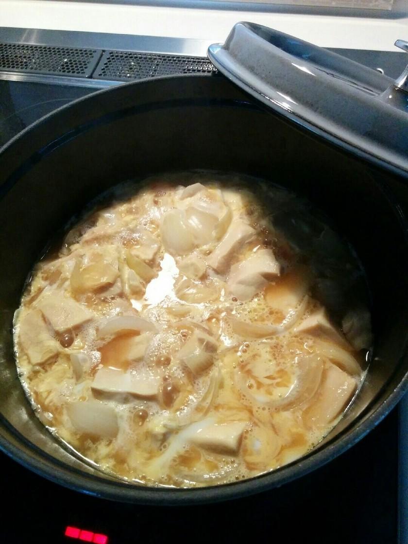 ストウブ鍋で高野豆腐の卵とじ