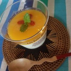 冷凍マンゴーで作る濃厚なめらか杏仁豆腐