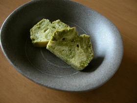 粉末緑茶のマーブルパウンドケーキ