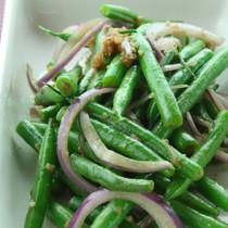 いんげんとアンチョビのサラダ