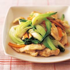 鶏肉と青梗菜の塩炒め