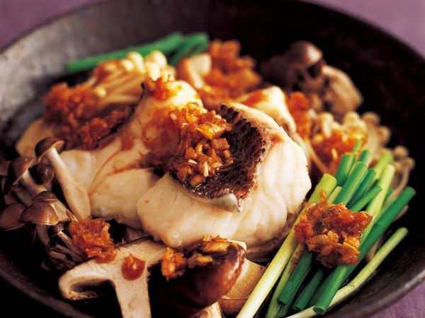 白身魚ときのこの皿蒸し