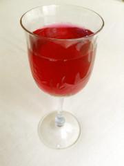 赤紫蘇ジュースの写真