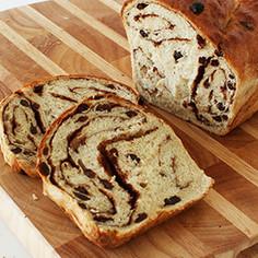 シナモンロールのパン