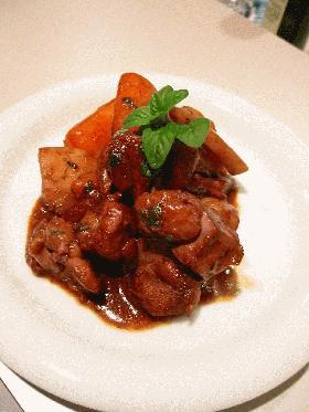 簡単おいしい!根菜と鶏肉のワイン煮