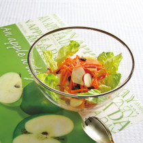 にんじんとりんごのレーズンサラダ