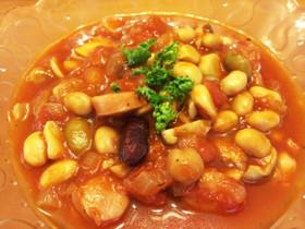 きのこと豆の食べるトマトスープ