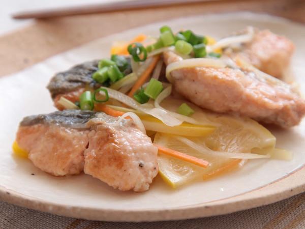鮭と野菜の甘酢漬け
