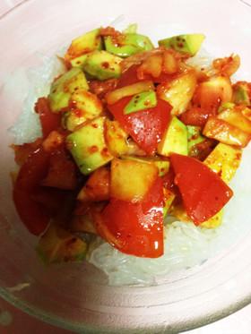 ダイエット&美肌アボトマキムチのサラダ
