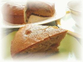 シナモンの香りいっぱい!素朴なりんごのバターケーキ